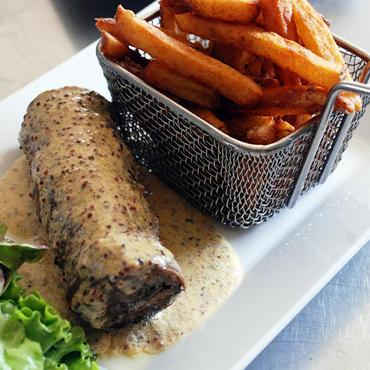 Assiette, cuisine concoctée par votre restaurant traditionnel le Val Joli à Vouvray (37) près de Tours